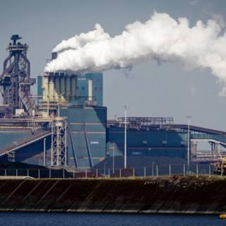 Bekijk details van Amsterdam en Tata Steel willen grote waterstoffabriek bouwen