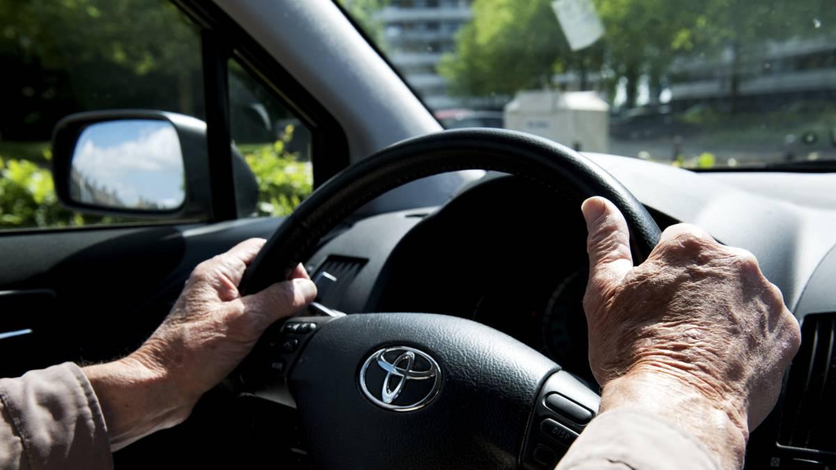 Duizenden mensen rijden rond met ongeldig rijbewijs