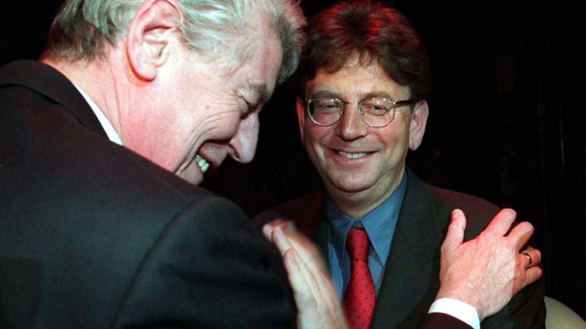 Herinneringen aan Wim Kok: hij zette voorbeeld neer als betrouwbare premier