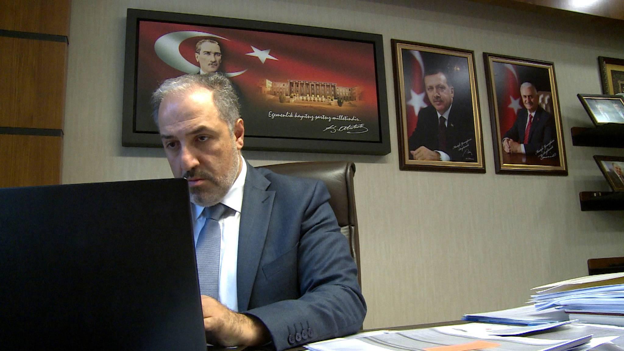 gratis online dating site in Turkije dating een NYPD COP