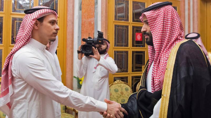 Afbeeldingsresultaat voor zoon Jamal Khashoggi bij kroonprins Bin Salman