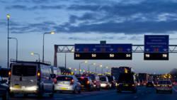 Verkeersproblemen rond Amsterdam na ongelukken.