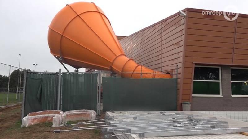 Zwembad De Peppel : Zwembad ede sluit gloednieuwe glijbaan na reeks incidenten nos