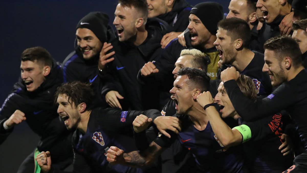 Kroatië houdt hoop levend na thriller tegen Spanje