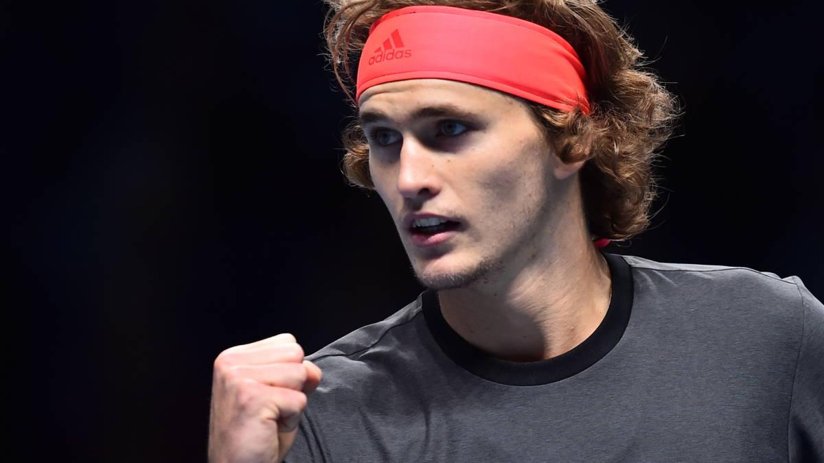 Zverev verslaat Federer en krijgt boegeroep over zich heen