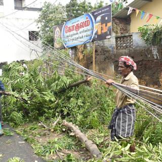 Bekijk details van Tienduizenden Indiërs ontheemd na verwoestende storm