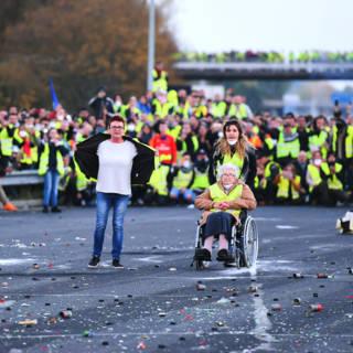 Bekijk details van Regering in Frankrijk 'buigt niet voor brandstofprotest'