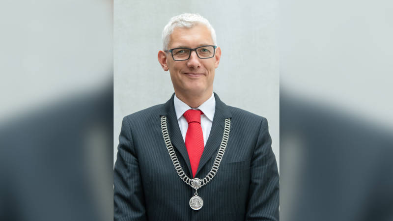Mayor Marco Out of Assen