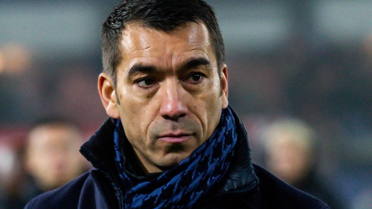 Van Bronckhorst vertrekt na dit seizoen bij Feyenoord