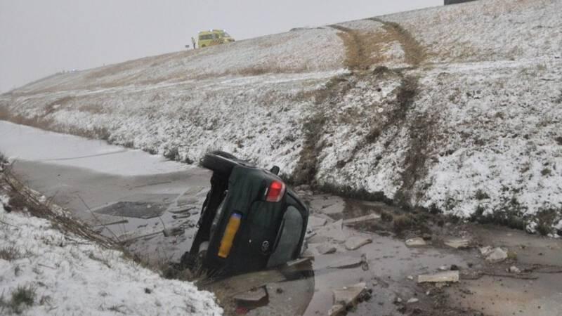 Veel ongelukken door gladde wegen.
