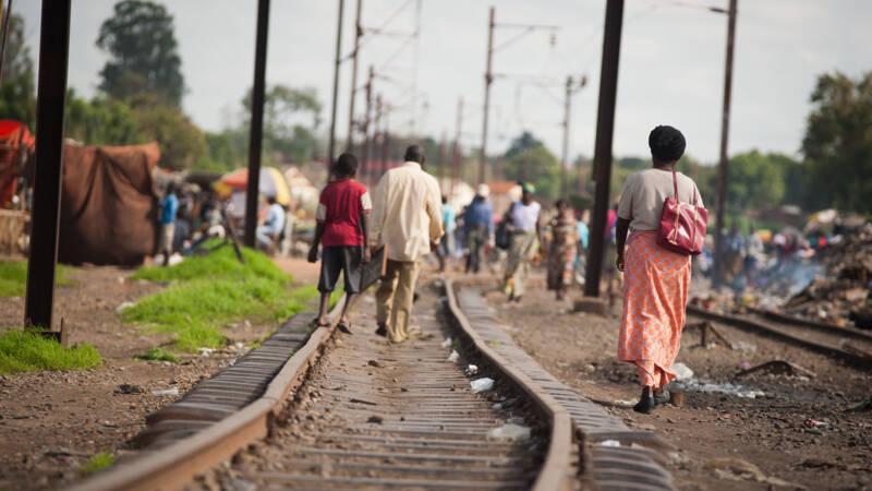 Tientallen doden en gewonden bij treinongeluk in Congo.