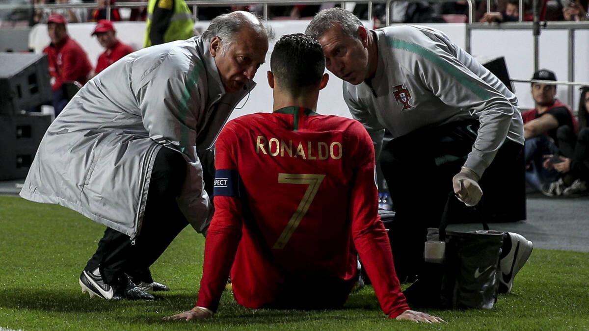 Ronaldo valt geblesseerd uit bij Portugal