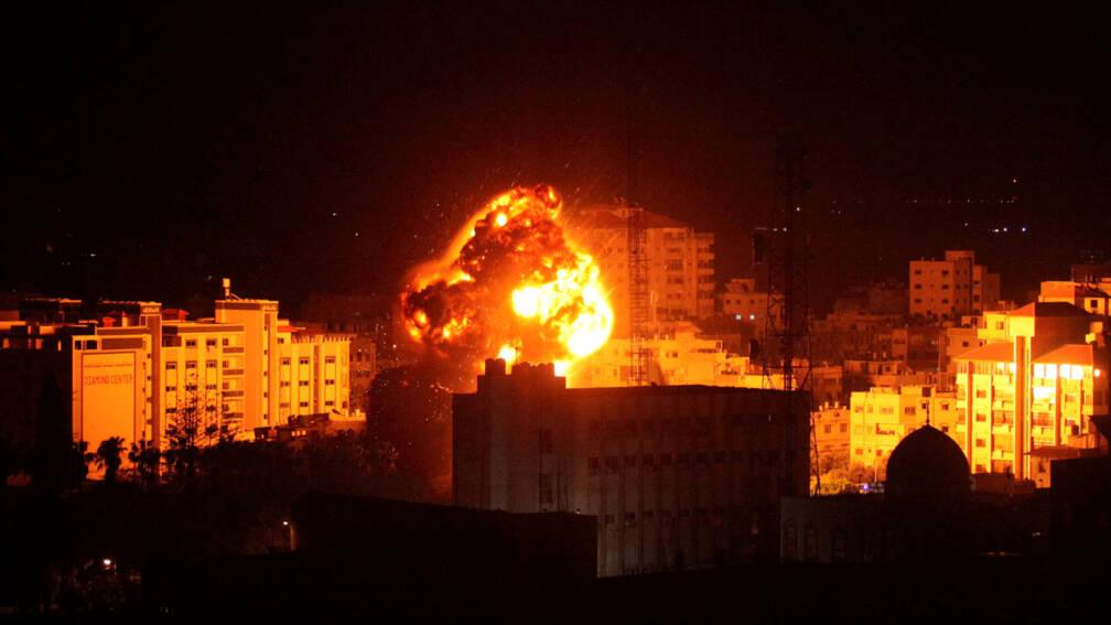 Bekijk details van Israël beantwoordt raketbeschietingen vanuit Gaza