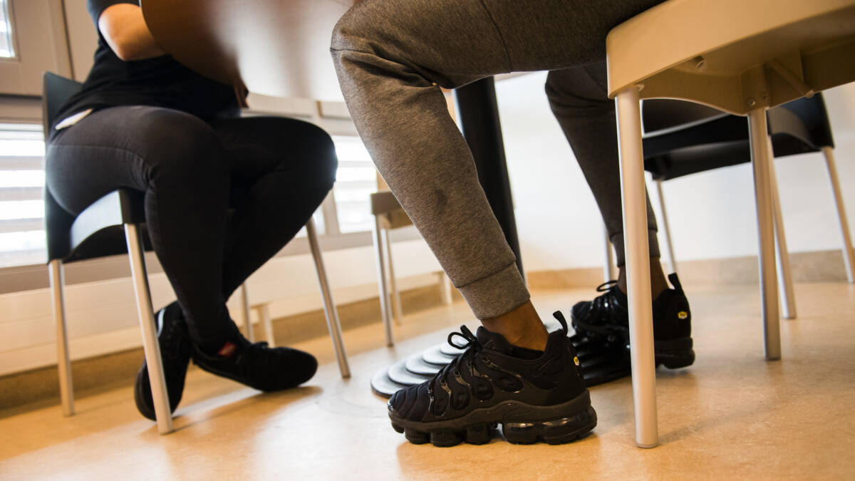 'Tientallen jongeren met grensoverschrijdend gedrag worden niet behandeld'