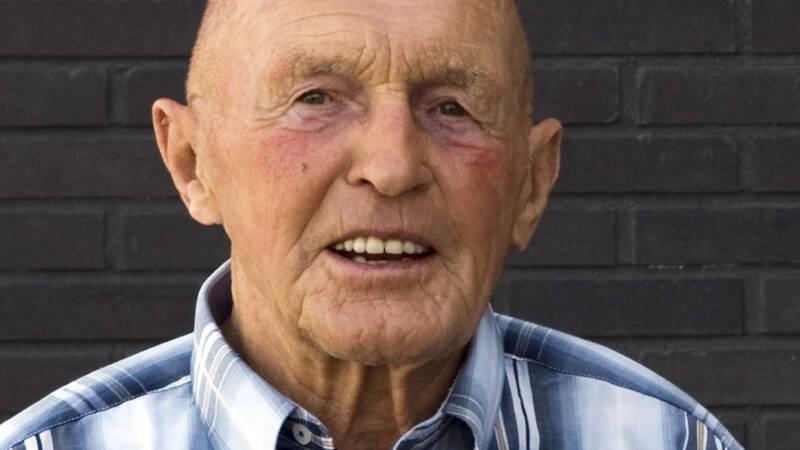 Elfstedentochtlegende Jan Uitham (94), de nummer twee van '63, overleden