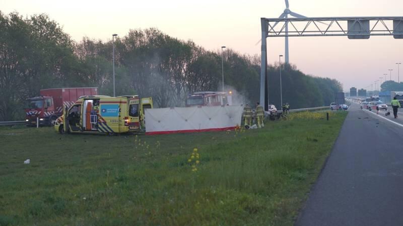 Vier jonge mannen overleden bij eenzijdig ongeval op A1 bij Deventer.