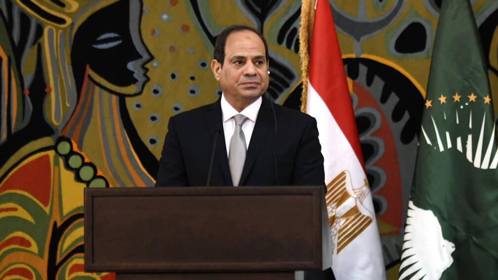 Bekijk details van Egyptenaren stemmen voor meer macht voor president Sisi