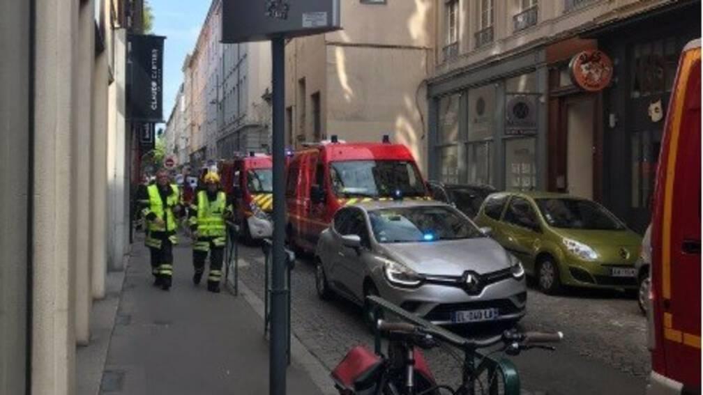 Bekijk details van Gewonden bij ontploffing op straat in Lyon