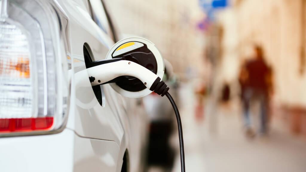 Elektrische Rijders Proberen Te Ontkomen Aan Hogere Bijtelling Nos