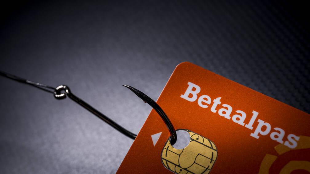 Bekijk details van Fraudehelpdesk moet stoppen met verzamelen phishingmails