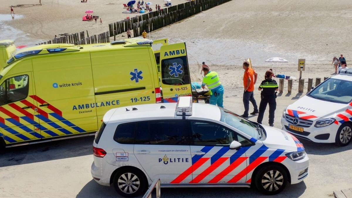 Meisje (15) omgekomen bij aanvaring speedboot en rubberboot in Zoutelande