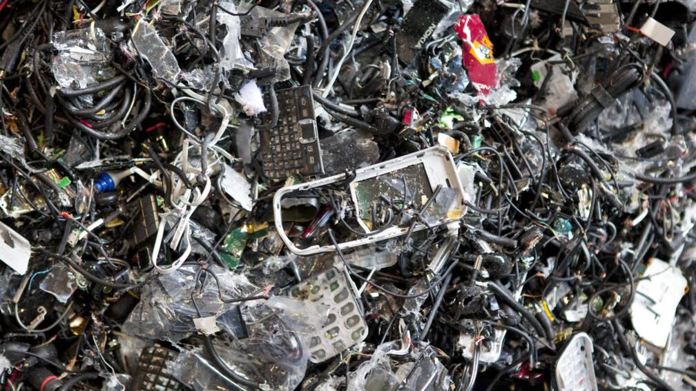Bekijk details van Afgedankte apparaten vormen 'onzichtbare afvalberg'