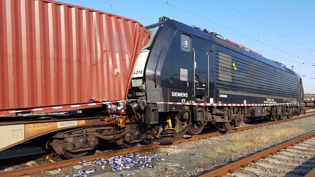 Bekijk details van Geen treinverkeer rond Venlo door botsing goederentreinen