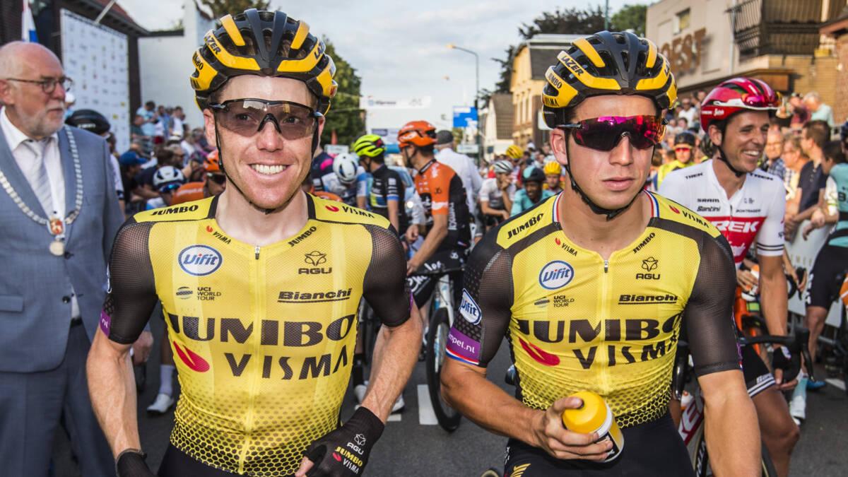 Helden van de Tour met kleine oogjes aan de start in Boxmeer