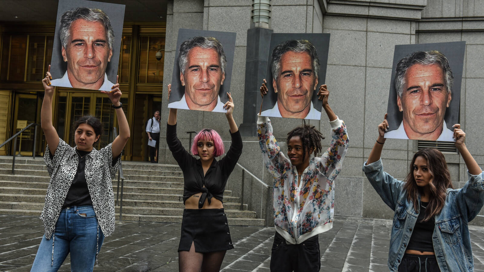 Protest against Epstein at courthouse, AFP video