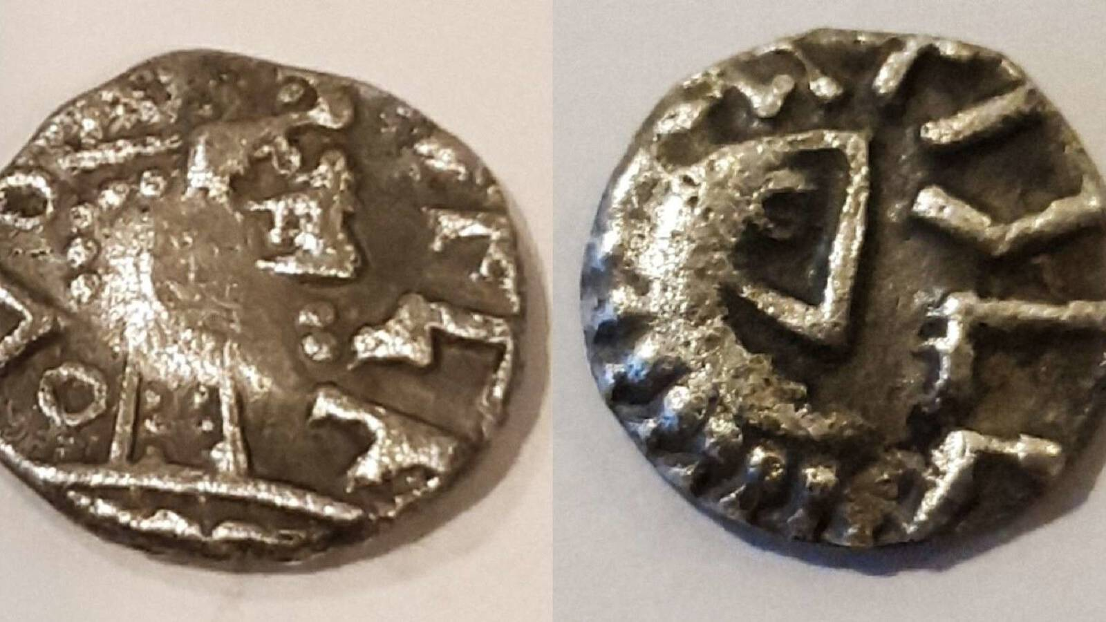 The newly discovered sceatta coin, photo by William Posthouwer