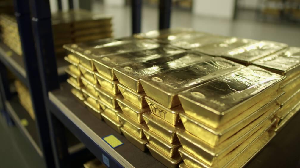 Waarom er 15.000 goudstaven onder De Nederlandsche Bank liggen