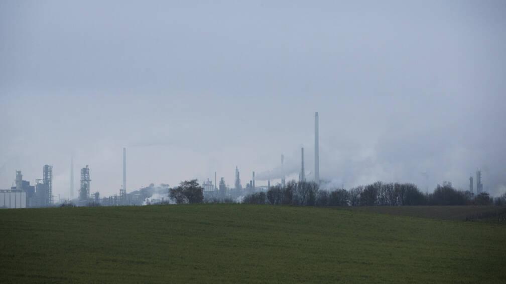 Bekijk details van Excuses Chemelot voor ontsnappen giftige rook
