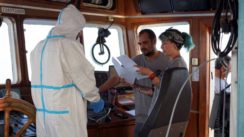 Migrantship Open Arms welcome in Spain, emergency situation