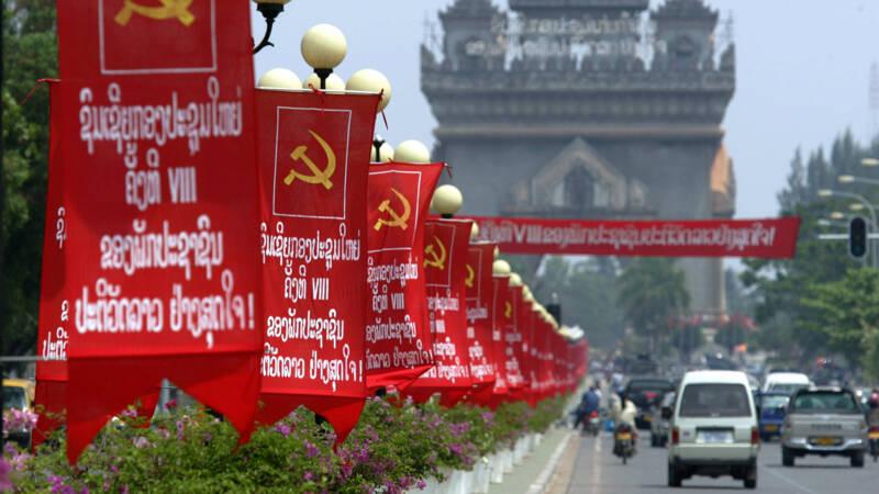 Chinese toeristen omgekomen bij busongeluk Laos.