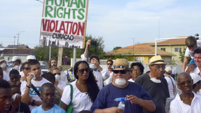 Rechter tikt Curaçao op de vingers voor vervuiling door raffinaderij