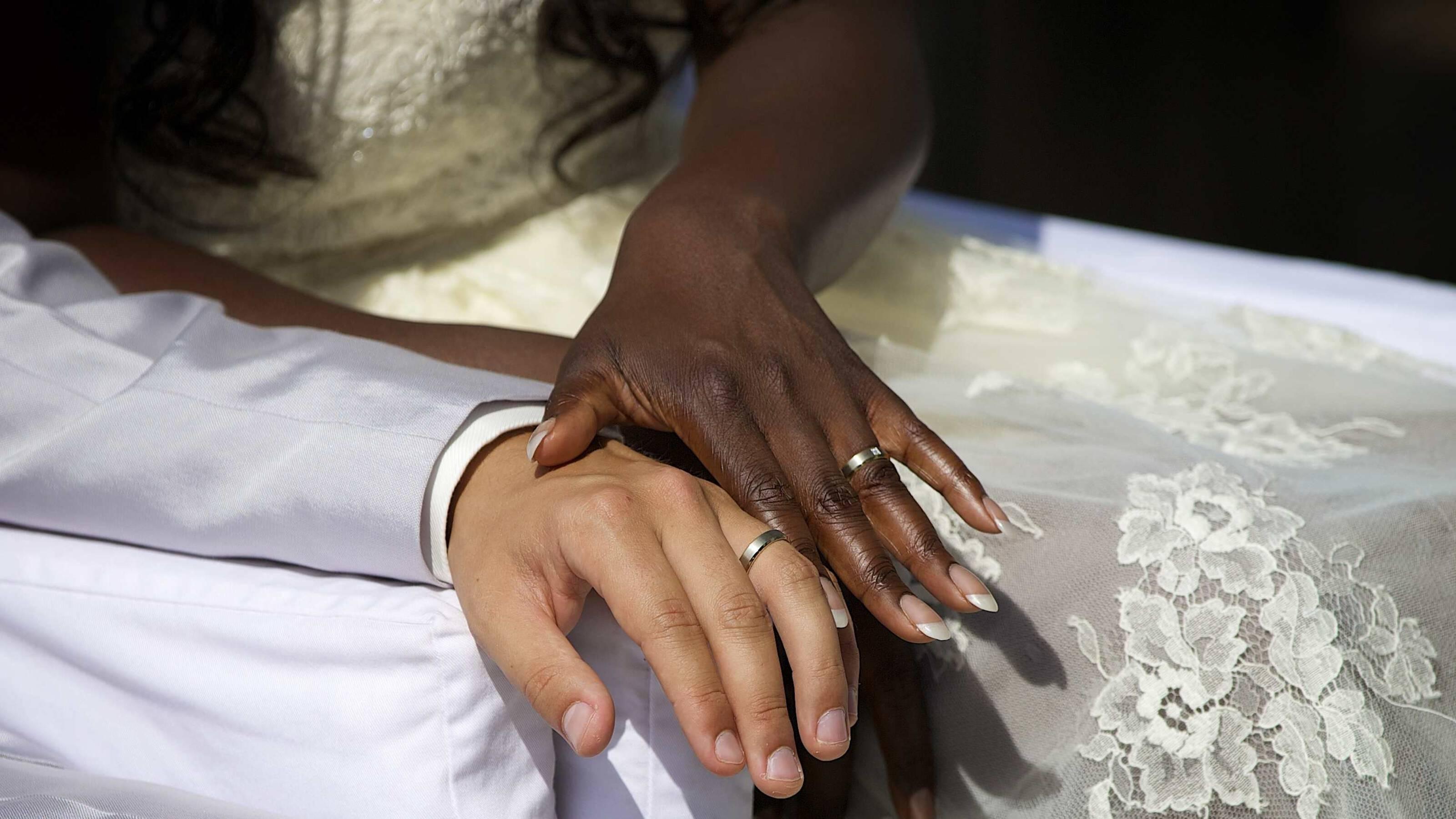 Bruidsboeket voor de lente | Bruidsboeket, Boeket bruiloft