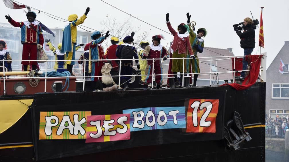 Bekijk details van 'Sinterklaas verruilt stoomboot voor trein tijdens intocht in Apeldoorn'