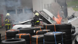 Hulpdiensten beducht voor ongelukken met elektrische autos.