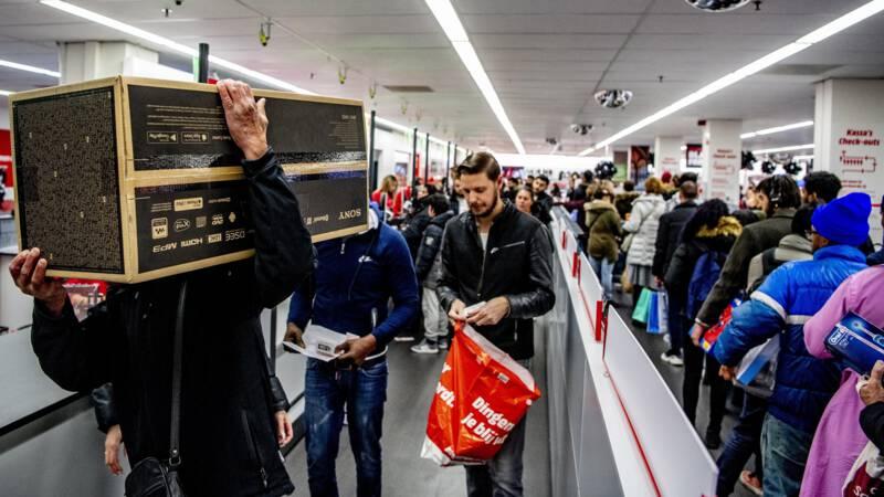 Gewonden bij opening Mediamarkt in Leidschendam