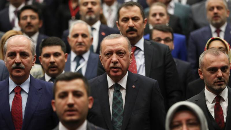 Erdogan in open brief: 'Wij zorgen ervoor dat IS-strijders Syrië niet verlaten'