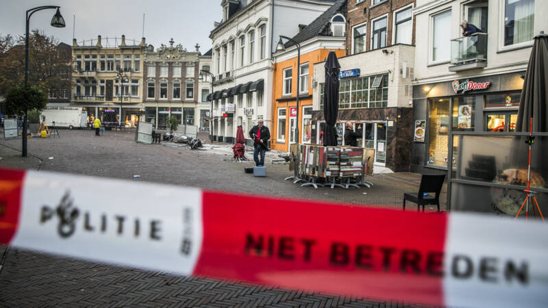 Nog drie mensen vast na terrasaanrijding Deventer.