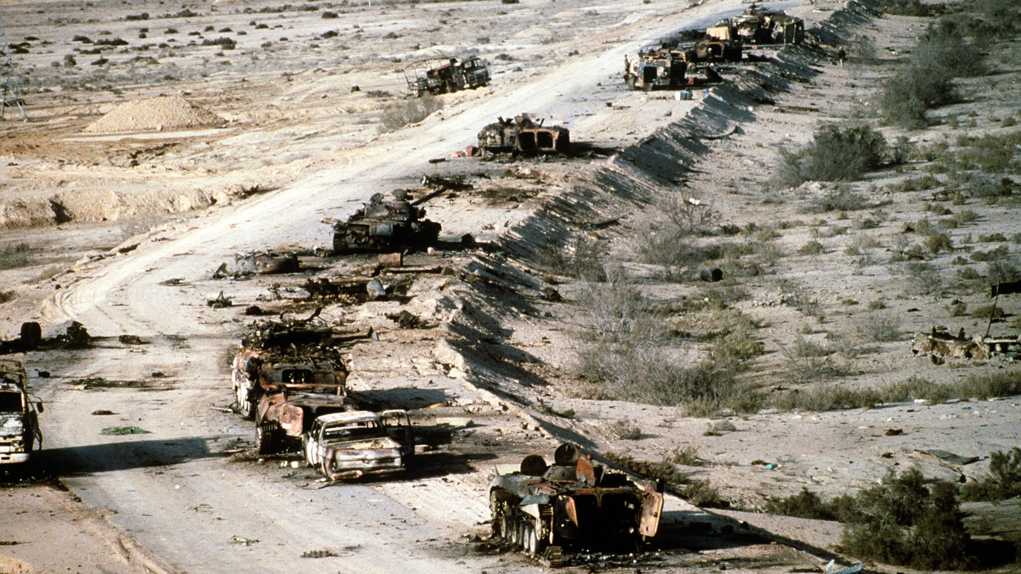 Destroyed Iraqi tanks and vehicles after Highway of Death attack, United States military photo