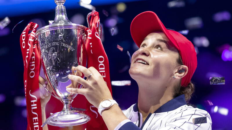 Barty wint WTA Finals en int baanbrekend prijzengeld van 4 miljoen euro