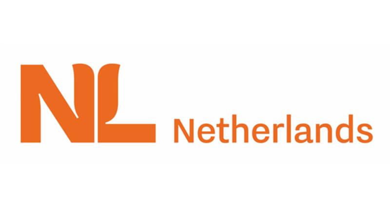 Nieuw internationaal logo:  NL met gestyleerde oranje tulp