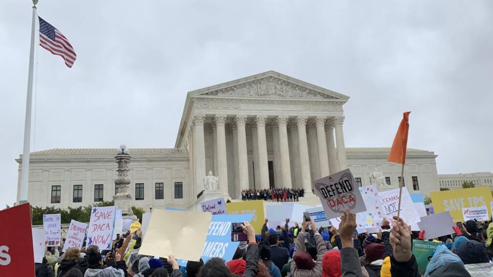 Bekijk details van Hooggerechtshof VS beslist over toekomst van ruim 660.000 'Dreamers'