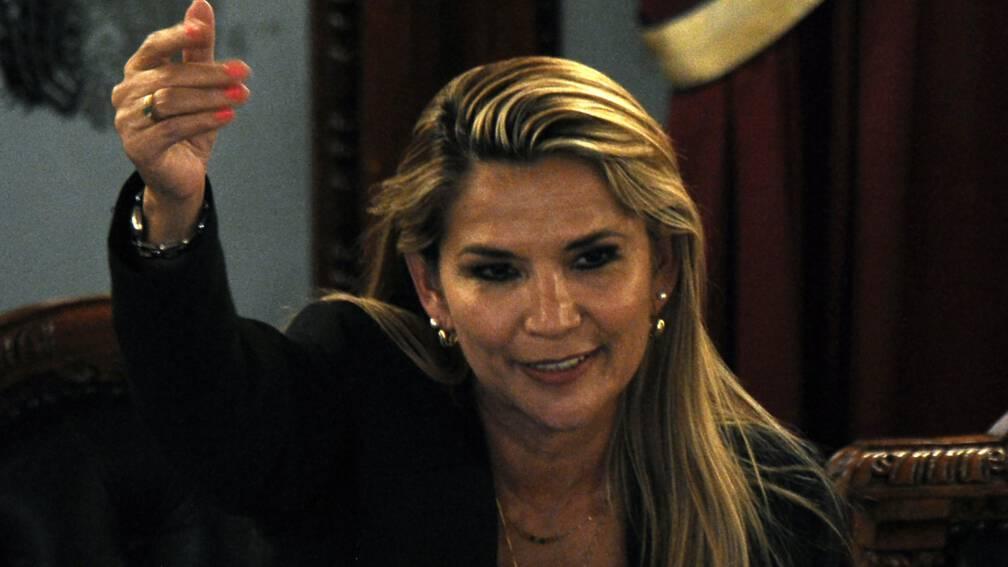 Bekijk details van Oppositieleider Bolivia roept zichzelf uit tot waarnemend president