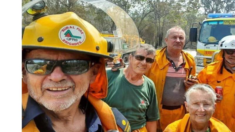 Groep 70-jarigen blust brand in Australië, krijgt lof op sociale media