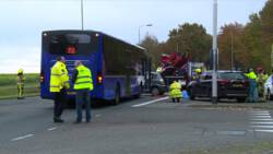 Zwaargewonden bij aanrijding tussen lijnbus en auto bij Margraten.