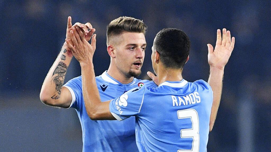 Lazio bezorgt Juventus eerste nederlaag van seizoen | NOS