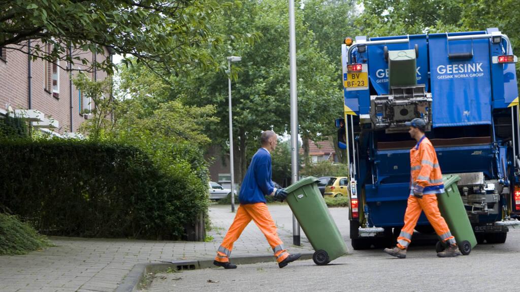 Afbeeldingsresultaat voor ophalen afval flink duurder